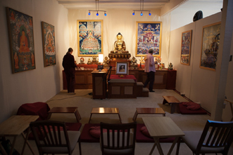 Mahamudra Kadampa Meditation Center preparing for Foundation Program class