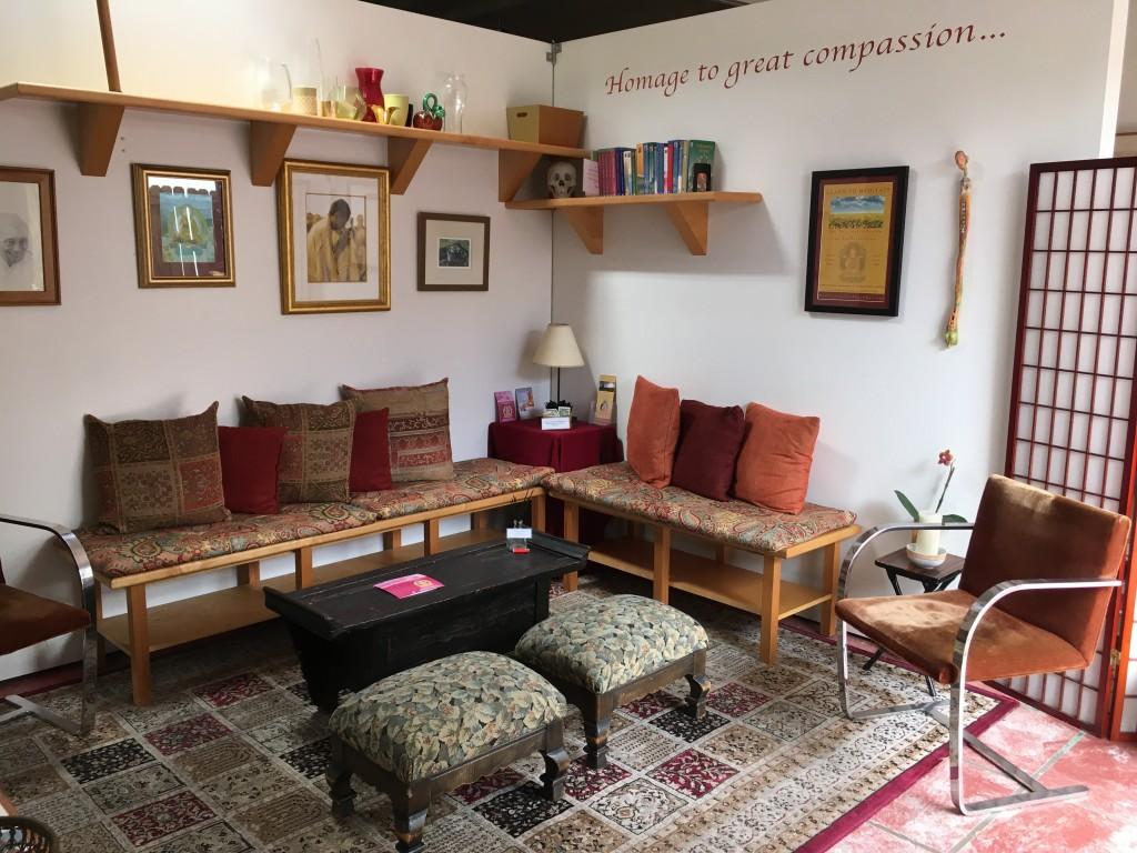 Mahamudra Kadampa Meditation Center Community Room